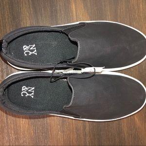 NY & Co Black Slip-on Sneaker size 6